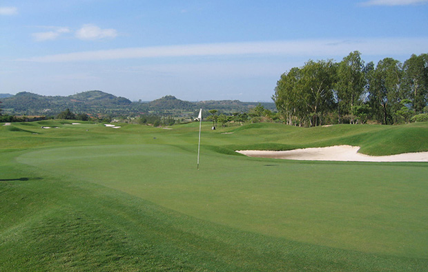 green,  burapha golf club, pattaya, thailand