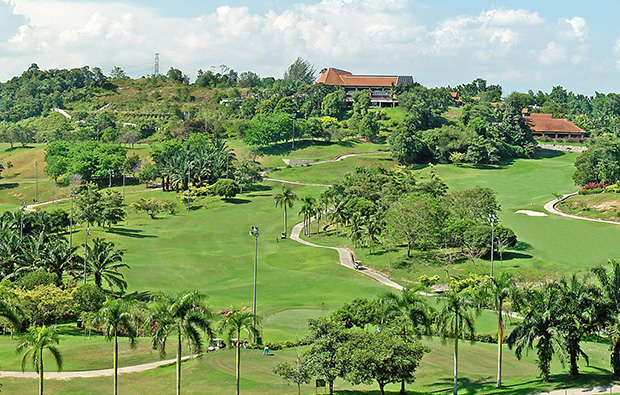 hole 1 and 18 bukit unggul country club