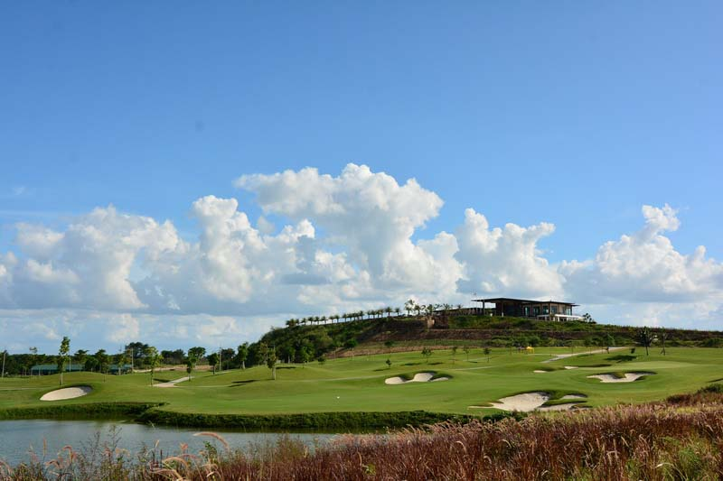 Clubhouse Grand Prix Golf Club, Kanchanaburi