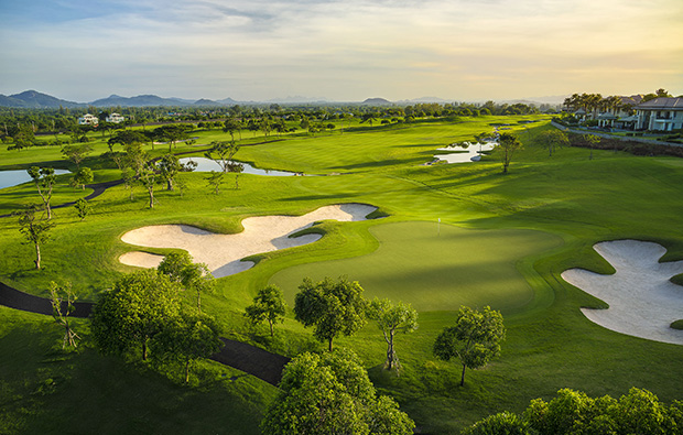 10th hole at Black Mountain Golf Club in Hua Hin