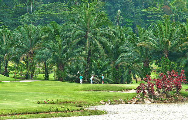 6th hole bukit unggul country club