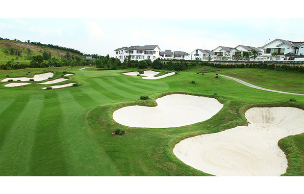 bunkers horizon hills golf country club, johore, malaysia