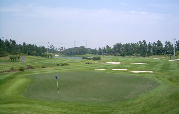 tee box at ozaki course mission hills, guangdong china