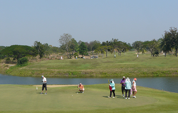 Putting green at Majestic Creek Golf Club Hua HIn