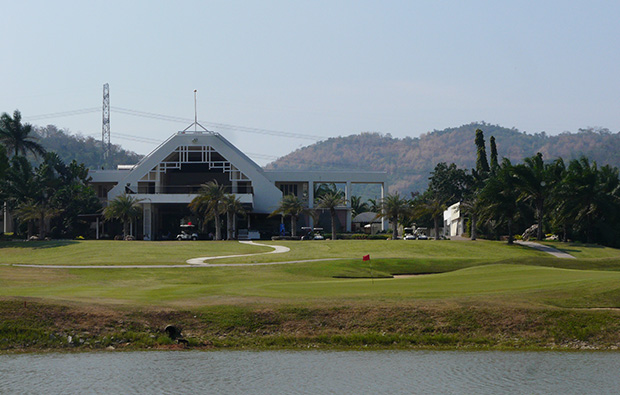 Clubhouse at Majestic Creek Golf Club Hua HIn