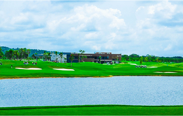tee box, siam country club plantation course, pattaya, thailand