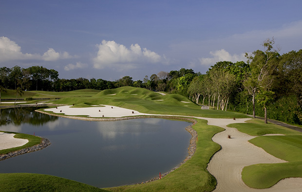 17th hole Laguna National World Classic Course, Singapore