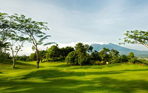 approaching the green, rancamaya  golf country club, jakarta, indonesia
